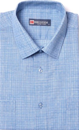 Полуприталенная летняя голубая рубашка
