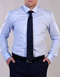 Голубая рубашка гигант